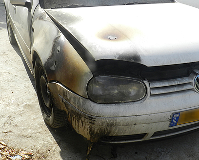 """אחד הרכבים שהוצתו בנין (צילום: אתר """"בוקרא"""") (צילום: אתר"""