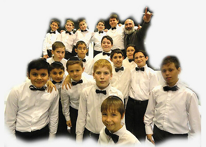 """""""בתהליך העבודה עם הילדים רואים דברים מדהימים"""". פרחי ישראל ומאיר גבאי (צילום: ארנון גולדברג)"""
