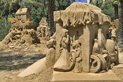 מתוך פסלי התערוכה (צילומים: ליאוניד פדרול) (צילו: ליאוניד פדרול) (צילו: ליאוניד פדרול)
