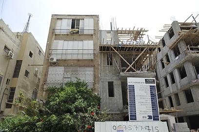 """פרויקט תמ""""א 38 בתל-אביב. היזמים צריכים להתמודד עם הדיירים (צילום: בני דויטש)"""