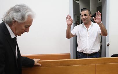 יוסי בן דוד בבית המשפט (צילום: ירון ברנר) (צילום: ירון ברנר)