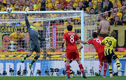 ויינדרפלר מציל את דורטמונד (צילום: AFP) (צילום: AFP)