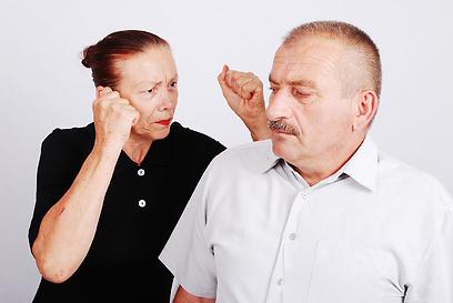בני הזוג נפרדו, האישה דרשה יותר ממחצית מגמלת הפרישה המוקדמת של בעלה (צילום: shutterstock) (צילום: shutterstock)