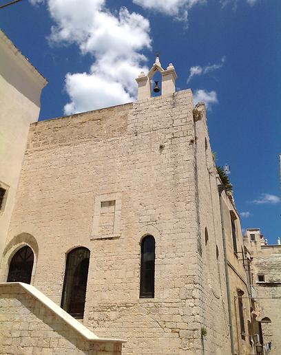היתה פה גם קהילה יהודית. בית הכנסת סקולה נובה בטראני (צילום:  אליאור לוי) (צילום:  אליאור לוי)