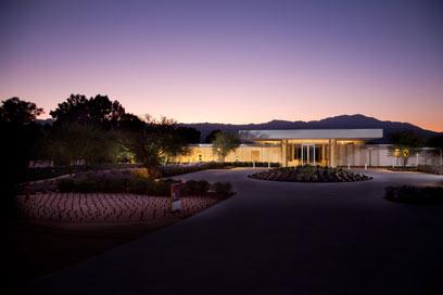 """הכי רחוק שאפשר מהבית הלבן המתוח והפורמלי. חוות """"סאנילנדס"""" בדרום קליפורניה (צילום: EPA, ANNENBERG FOUNDATION TRUST AT SUNNYLAN) (צילום: EPA, ANNENBERG FOUNDATION TRUST AT SUNNYLAN)"""