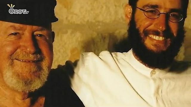 """הרב ניר מנוסי עם אביו, דידי מנוסי ז""""ל (צילום: אורות) (צילום: אורות)"""