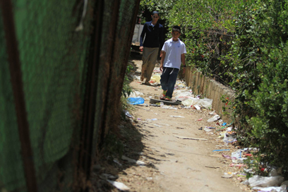 30 אלף איש מתגוררים בשכונה (צילום: גיל יוחנן ) (צילום: גיל יוחנן )