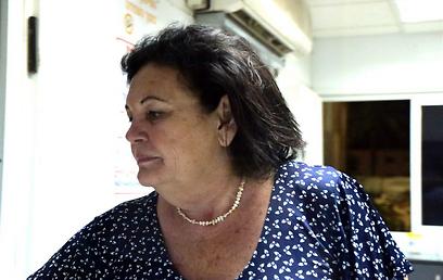 אסתר פירון, אמו של השר שהגיעה לבית החולים (צילום: עופר עמרם) (צילום: עופר עמרם)