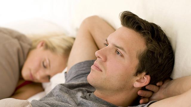 גבר פרוד הוא גבר נשוי. הוא זקוק שתהיי שם לצידו - עד שיתגרש (צילום: shutterstock) (צילום: shutterstock)