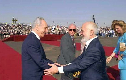 """הסכם השלום. עם מלך ירדן (צילום: סער יעקב, לע""""מ) (צילום: סער יעקב, לע"""