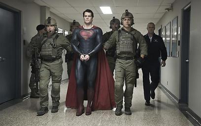 """הוויה דולורוזה של סופרמן. מתוך """"סופרמן: איש הפלדה"""""""