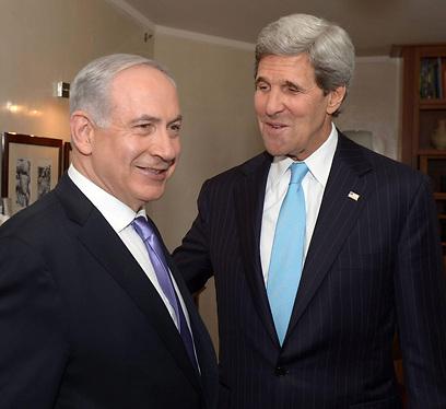 Kerry, Netanyahu. Friday. (Photo: EPA) (Photo: EPA)