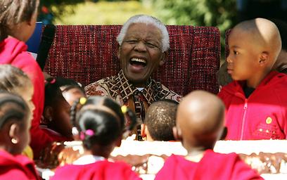 מנדלה חוגג יום הולדת 89 (צילום: AFP) (צילום: AFP)
