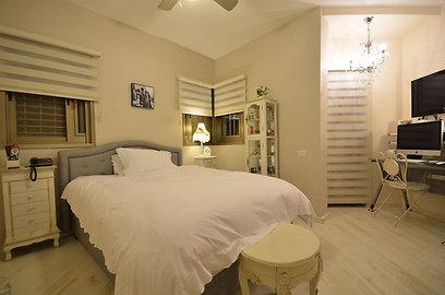 חדר השינה של הילדה (צילום: אורן טייטל) (צילום: אורן טייטל)