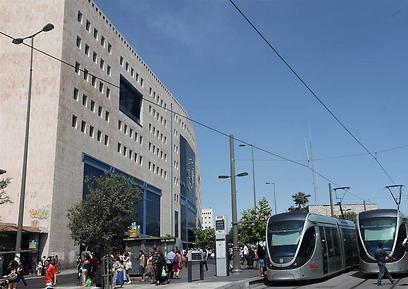 התחנה המרכזית בירושלים: העתיד מצוי בשילוב ל אוטובוסים, רכבת, רכבת קלה, משרדים ומסחר (גיל יוחנן) (גיל יוחנן)