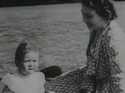 המלכה אליזבת והנסיך צ'רלס ()