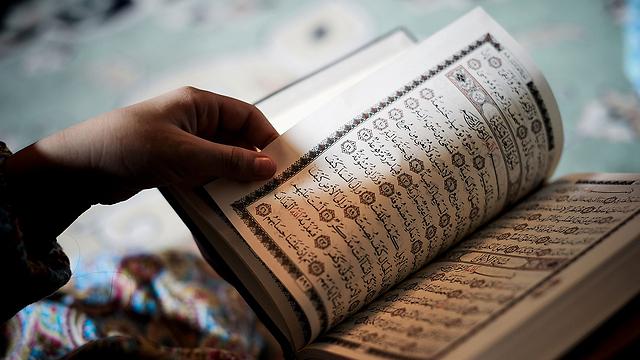 השליטים רוצים ליצור רושם של פלורליזם. מוסלמים לצד הינדים ויהודים (צילום: AFP) (צילום: AFP)