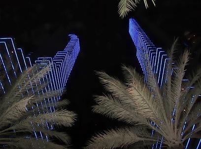 82 מיליארד דולר. הכניסו התיירים ב-2012. דובאי בלילה (צילום: יוסי פישר) (צילום: יוסי פישר)