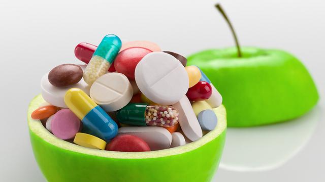 תרופות להפחתת החומציות בקיבה פוגעות בספיגת הוויטמין (צילום: shutterstock) (צילום: shutterstock)