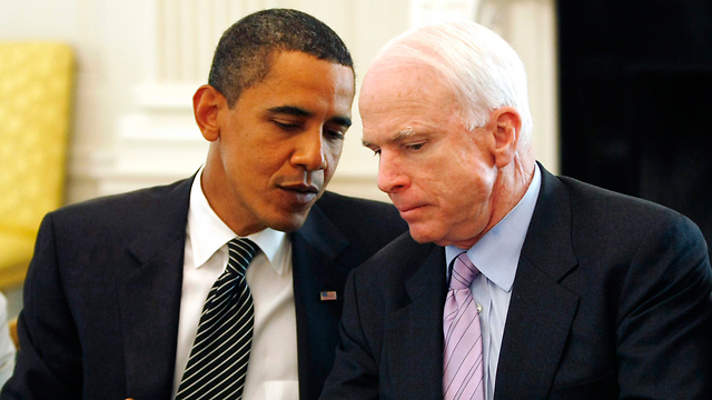 McCain with Barack Obama (Photo: Reuters)