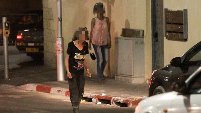 Drug addicts in south Tel Aviv (Photo: Ido Erez) (Photo: Ido Erez)