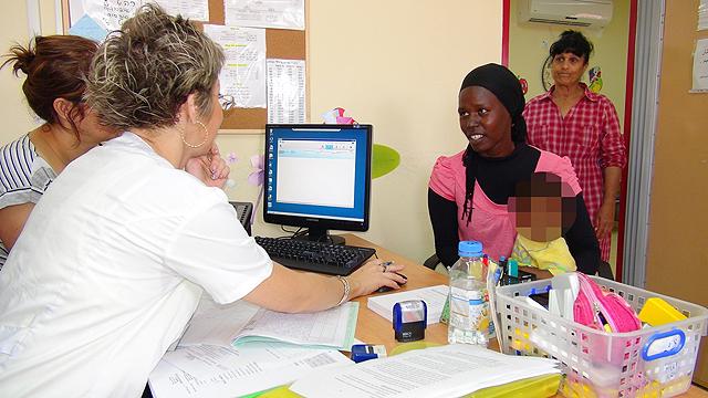 חיסונים ברהט (צילום: אפרים בראל) (צילום: אפרים בראל)