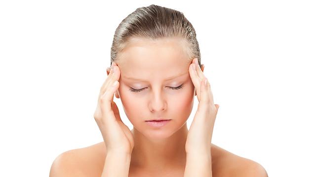 סובלים מכאב ראש? כדאי שתדעו מה אתם לוקחים (צילום: shutterstock) (צילום: shutterstock)