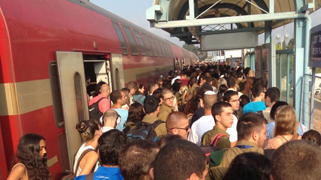 היכונו לשיבושים ברכבת (צילום: חיליק סימני) (צילום: חיליק סימני)