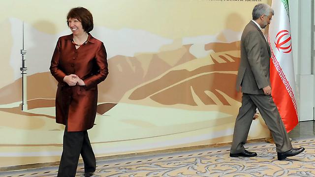 איראן מצאה דרכים לעקוף את הסנקציות הבינלאומיות. אשטון וג'לילי (צילום: AP)