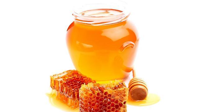 דבש דווקא יכול לעזור להעביר את הדלקת (צילום: shutterstock) (צילום: shutterstock)