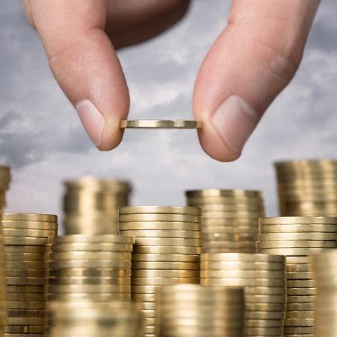 לממשלה התחייבויות עתידיות בהיקף של כ-1.8 טריליון שקל (צילום: shutterstock) (צילום: shutterstock)