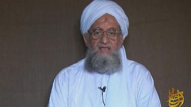 נתן אור ירוק להיפרדות. מנהיג אל-קאעידה איימן א-זוואהירי  (צילום: EPA) (צילום: EPA)