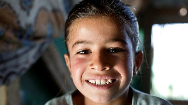 """איה הלכה רק כמה פעמים ספורות לבית הספר בשנתיים האחרונות. רק כ-50 פליטים מהמחנה שלה הולכים בקביעות לבית הספר (צילום: ס. בולדווין, סוכנות האו""""ם לפליטים) (צילום: ס. בולדווין, סוכנות האו"""