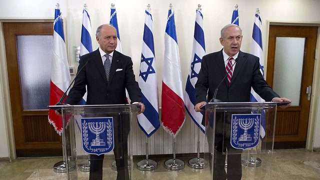 French Foreign Minister Fabius with Prime Minister Netanyahu in Jerusalem, 2013 (Photo: EPA) (Photo: EPA)