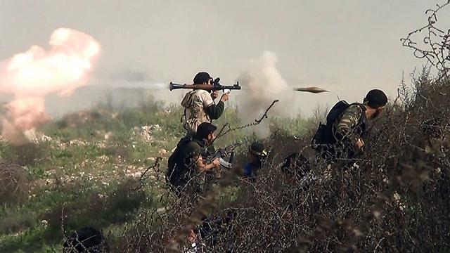 אם העלווים יחברו למורדים, הם ייחשבו בוגדים במשטר המגן עליהם (צילום: AFP) (צילום: AFP)