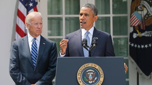 אובמה בהצהרתו לתקשורת בגן הוורדים בבית הלבן (צילום: AP) (צילום: AP)