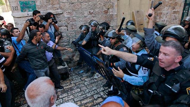 מהומות בהר הבית (צילום: רויטרס)