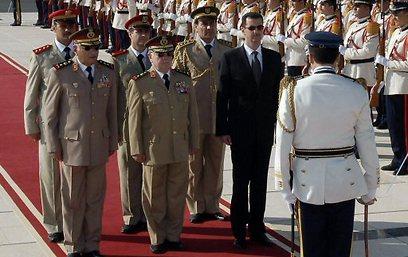 הצרפתים פתחו לעלווים את הדרך לחברה הסורית דרך הצבא (צילום: איי אף פי) (צילום: איי אף פי)