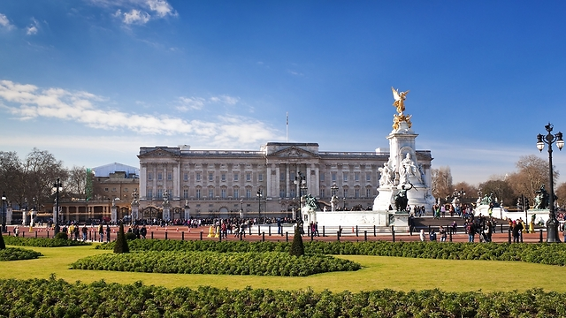 שוב מחדל בארמון בקינגהאם (צילום: shutterstock) (צילום: shutterstock)