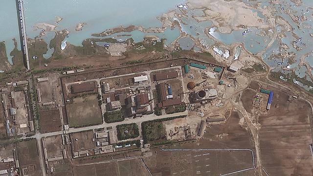 האתר הגרעיני ביונגביון ב-2012. יש אתר נוסף? (צילום: AP) (צילום: AP)