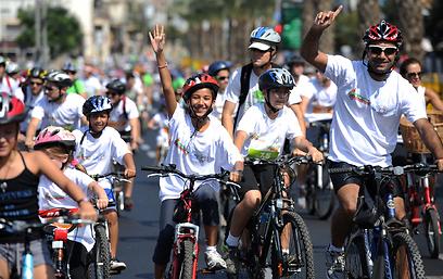 וכל המשפחה קונה - אופניים היו להיט (צילום: יובל חן) (צילום: יובל חן)