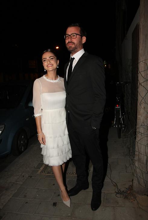 הזוג לפני החופה. אניה בוקשטיין ודותן ויינר (צילום: ענת מוסברג) (צילום: ענת מוסברג)