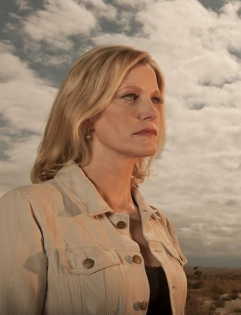 סקיילר (אנה גאן). איך ייראה הסוף? (צילום: Ursula Coyote/AMC) (צילום: Ursula Coyote/AMC)