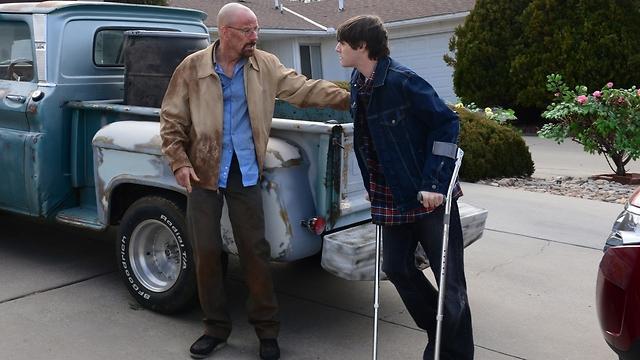 """""""שובר שורות"""". יחסי הזדהות-רחמים-שנאה (צילום: AMC) (צילום: AMC)"""