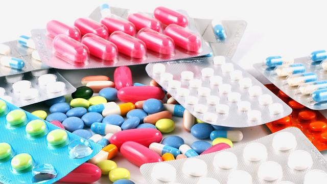 כולנו זקוקים מדי פעם לעזרה רפואית-תרופתית (צילום: shutterstock) (צילום: shutterstock)