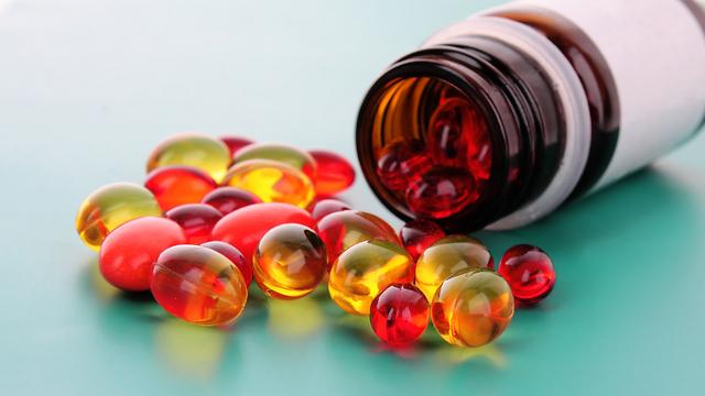 המחקר שיהפוך את קערת הוויטמינים על פיה? (צילום: shutterstock) (צילום: shutterstock)