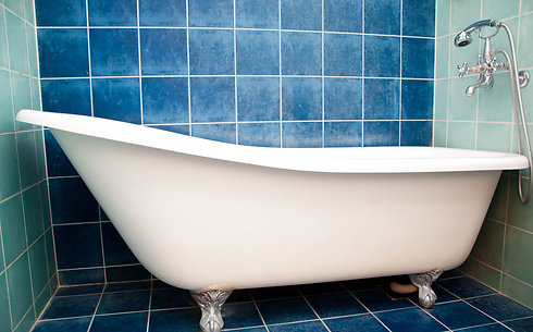 גם אמבטיה אפשר לחדש (צילום: shutterstock)