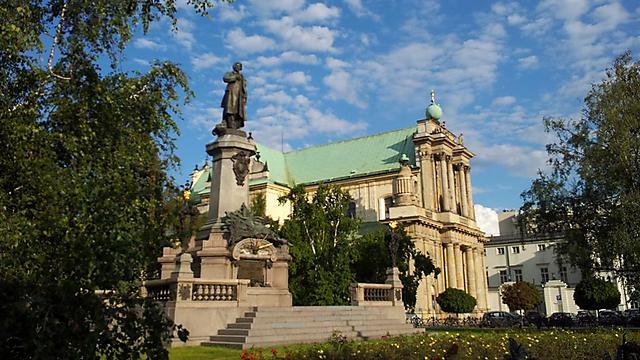 בפולין ערים מודרניות בבנייה אירופית מסורתית. ורשה העתיקה (צילום: גלעד מורג)