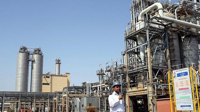 Petrochemical factory, Iran (Photo: EPA)