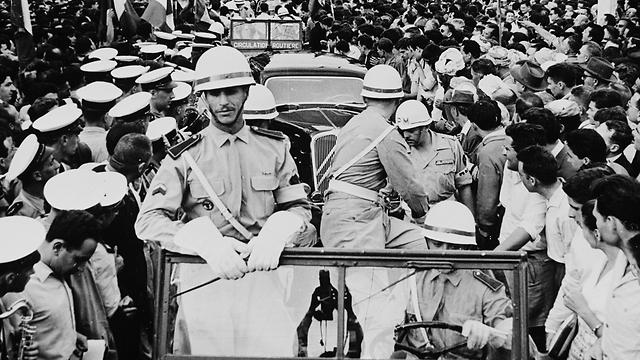 כוח אלג'יראי לחם לצד הצרפתים נגד בני עמו 1958 (צילום: גטי אימג'ס)